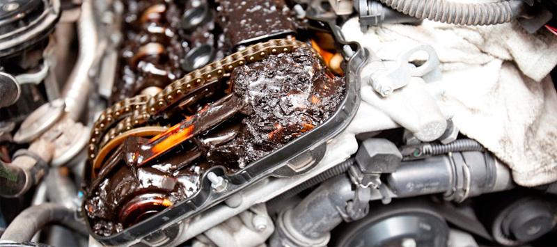 Состояние двигателя, в котором долго не менялось моторное масло